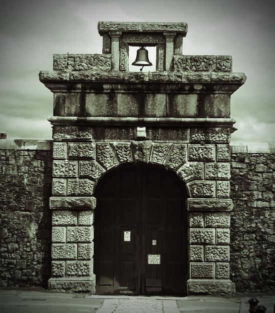 Вход в тюрьму Дартмура